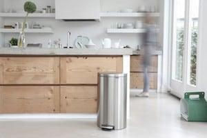 Gepolierde beton betonvloeren prijs informatie - Foto grijze keuken en hout ...