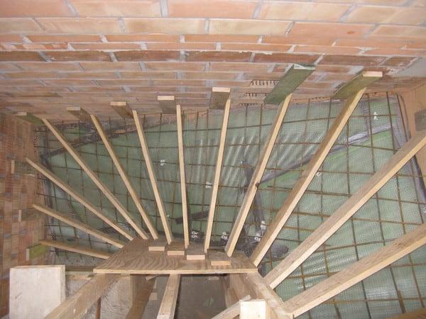 Trap in gepolierde beton prijs advies voor betontrappen for Zelf huis bouwen kostprijs